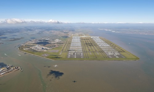 Aerial view of Thames Estuary hub airport. Image: Foster + Partners